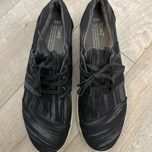Toms Sneakers Size 8.5